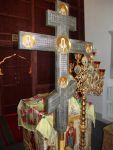 Запрестольный крест
